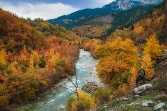 Temps d'automne à la rivière d'Aspropotamos image libre de droits