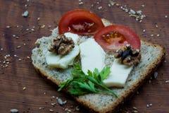 Temps de brunch : nourriture saine et savoureuse photographie stock libre de droits