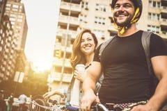 Temps de dépense de couples ensemble Image libre de droits