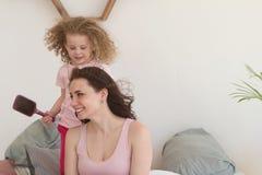 Temps de famille Mère et fille Image libre de droits