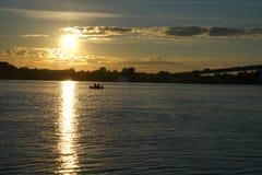 Temps de l'eau de coucher du soleil photographie stock libre de droits