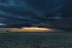 Temps de lever de soleil dans la campagne italienne du nord Photo libre de droits