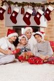 Temps de Noël de famille Photos stock