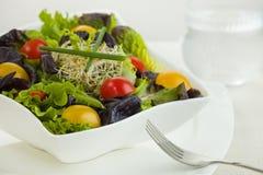 Temps de repas de salade photo stock