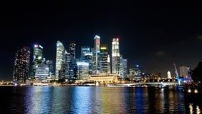 Temps-faute de Marina Bay d'horizon de Singapour - grand paysage urbain moderne de ville la nuit - 4k banque de vidéos