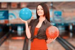 Temps libre dans le club de bowling Photographie stock libre de droits