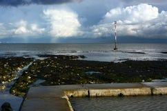 Temps orageux en mer Orage photos libres de droits