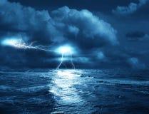 Tempête sur la mer Photos stock
