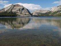 湖tenaya 图库摄影