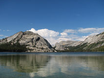 Tenaya lake reflection Royalty Free Stock Photography