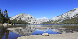 Tenaya Lake in Yosemite Royalty Free Stock Photos