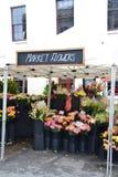 Tenda da flor imagem de stock royalty free