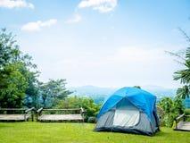 Tenda di campeggio fotografia stock libera da diritti