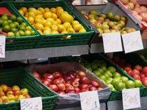 Tenda do fruto imagens de stock