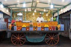 Tenda do suco de laranja Imagem de Stock Royalty Free