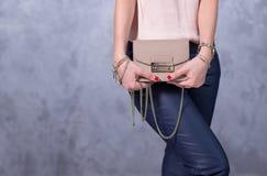 Tendances de mode de sacs Fermez-vous du sac élégant magnifique Fashionab Photographie stock