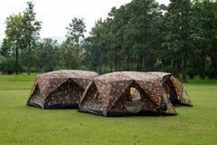 Tende di campeggio al campeggio all'aperto Immagine Stock Libera da Diritti