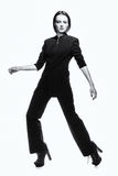 tendenza Donna ambiziosa sciccosa alla moda nel nero Alto modo Fotografie Stock Libere da Diritti