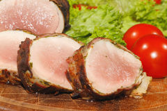 Tenderloin χοιρινού κρέατος, μενταγιόν χοιρινού κρέατος, που ψήνονται στη σχάρα, χοιρινό κρέας, κρέας, μπέϊκον Στοκ εικόνες με δικαίωμα ελεύθερης χρήσης