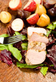 Tenderloin de carne de porco Encrusted erva imagem de stock royalty free