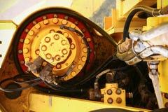 Tendez le cou la construction sur la plate-forme d'huile et d'installation pour la cargaison lourde de soutien, la cargaison de t Photo stock