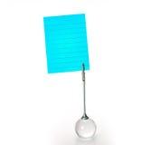 Tenedor de plata de la tarjeta de visita con la nota del papel del yelllow sobre el CCB blanco Imagen de archivo