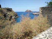 Tenerife βράχος θάλασσας Στοκ Εικόνες