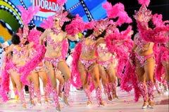 TENERIFE, 12 FEBRUARI: Groep in Carnaval Stock Foto's