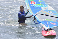 TENERIFE AUGUSTI 11: PWA som surfar, Augusti 11, 2017 Tenerife Arkivfoton