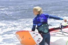 TENERIFE 11 DE AGOSTO: PWA que practica surf, el 11 de agosto de 2017 Tenerife Imagen de archivo