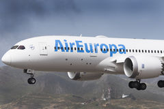 TENERIFE 19 DE MAYO: Avión a la tierra 19 de mayo de 2017, islas Canarias de Tenerife Imagenes de archivo