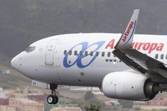 TENERIFE 19 DE MAYO: Avión a la tierra 19 de mayo de 2017, islas Canarias de Tenerife Foto de archivo