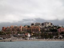 Tenerife del sur, visión desde el mar Fotos de archivo libres de regalías