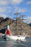 TENERIFE, EL 13 DE SEPTIEMBRE: La nave de escuela mexicana atracó en el puerto o Foto de archivo