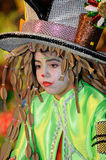 TENERIFE, 17 FEBRUARI: Carnaval-Groep en gekostumeerde karakters Stock Foto's