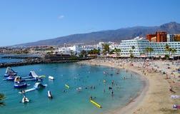 Tenerife, Ilhas Canárias, Espanha - 3 de agosto de 2018 Vista do La Pinta de Playa em dois pontos de Puerto foto de stock royalty free