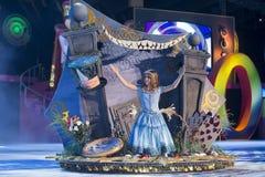 TENERIFE JANUARI 24: Tecken och grupper i karnevalet Arkivfoto