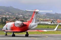 TENERIFE 19 LUGLIO: Aereo ambulanza nell'aeroporto del nord di Tenerife 19 luglio 2017 Le isole Canarie Spagna di Tenerife Immagine Stock