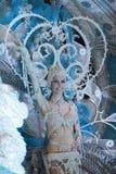 TENERIFE, O 28 DE FEVEREIRO: Caráteres e grupos no carnaval Foto de Stock Royalty Free