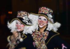 TENERIFFA, AM 10. FEBRUAR: Charaktere und Gruppen im Karneval Lizenzfreie Stockfotos