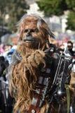 TENERIFFA AM 5. MÄRZ: Viel Spaß an den Karnevalen auf der Straße 5. März 2019 Kanarische Inseln Spanien Teneriffas stockbilder