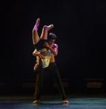 Tenez dessus la danse moderne d'amour-Le Photographie stock libre de droits