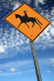 Tenga cuidado para los caballos fotografía de archivo