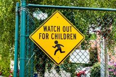 Tenga cuidado para los niños Fotografía de archivo libre de regalías