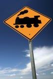 Tenga cuidado para los trenes fotografía de archivo