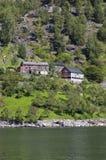 Tenga l'azienda agricola sul fiordo Fotografie Stock Libere da Diritti
