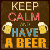 Tenga la calma ed abbia un manifesto della birra Fotografia Stock