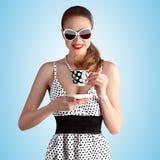 Tenga tè della bevanda e calmo fotografie stock libere da diritti