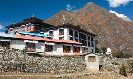 Tengboche - буддийский тибетский скит в Khumbu Стоковое Изображение RF