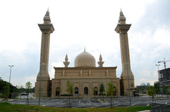 Tengku Ampuan Jemaah Mosque in Selangor, Malaysia. SELANGOR, MALAYSIA – NOVEMBER, 2013: The Tengku Ampuan Jemaah Mosque or Bukit Jelutong Mosque in Selangor Royalty Free Stock Images